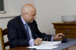 Sajid Javid using his iPad